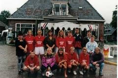 VV-Ternaard-uit-de-oude-doos-dames-voetbal
