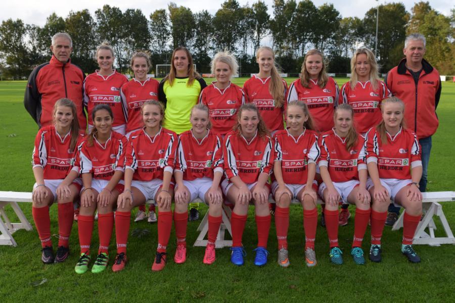 K800 DSC 1664 Dames team
